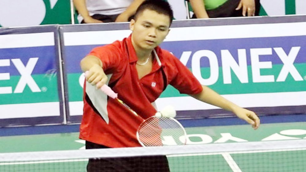 Athletes advance at Lao badminton event
