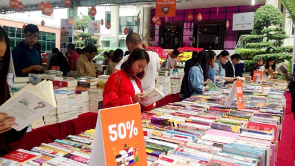 Autumn Book Festival opened in Hanoi