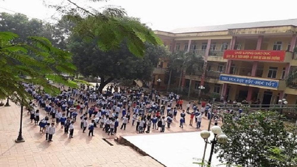 Phát hiện gần 20 trường học ở Hà Nội lạm thu