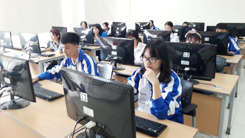 """Thi tìm hiểu lịch sử, văn hóa dân tộc """"Tự hào Việt Nam"""""""