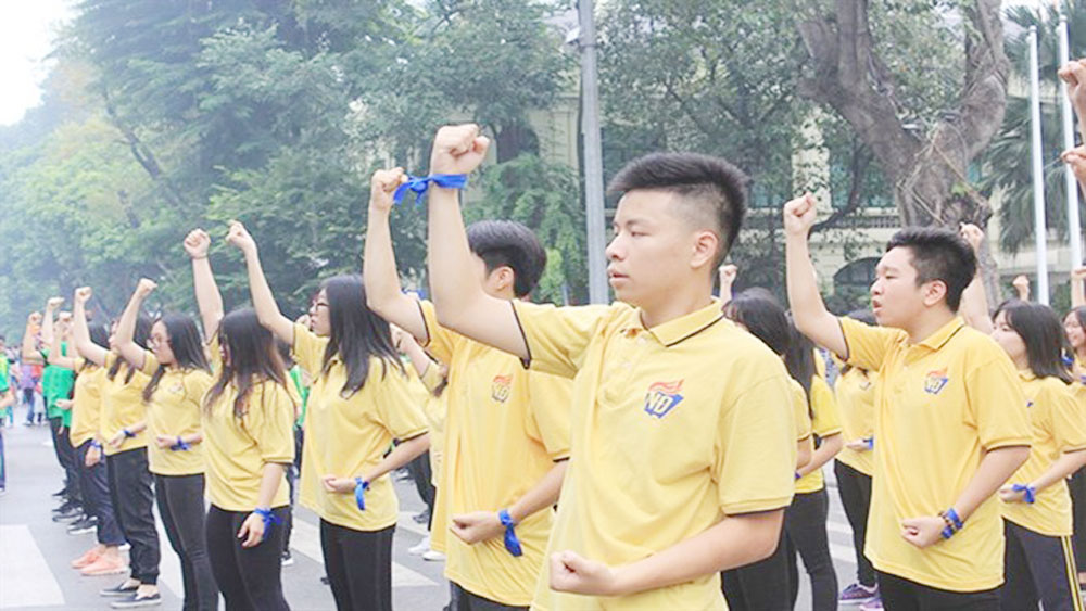 Thousands join dance for kindness in Hanoi