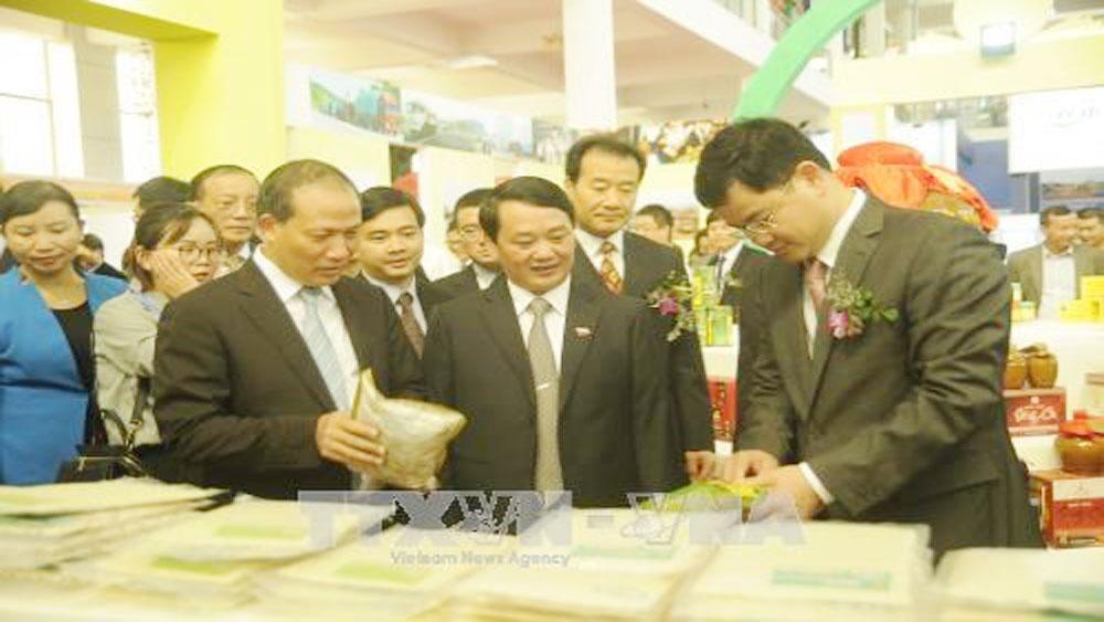 Deals worth 258 mln USD inked at Vietnam-China trade fair