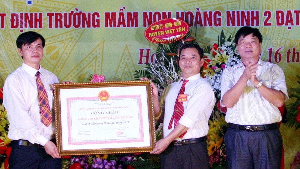 Xã Hoàng Ninh đón Bằng công nhận nông thôn mới
