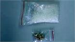 Bắt hai vụ mua bán trái phép chất ma túy