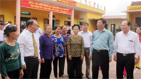 Các đồng chí lãnh đạo tỉnh Bắc Giang dự Ngày hội Đại đoàn kết tại một số địa phương