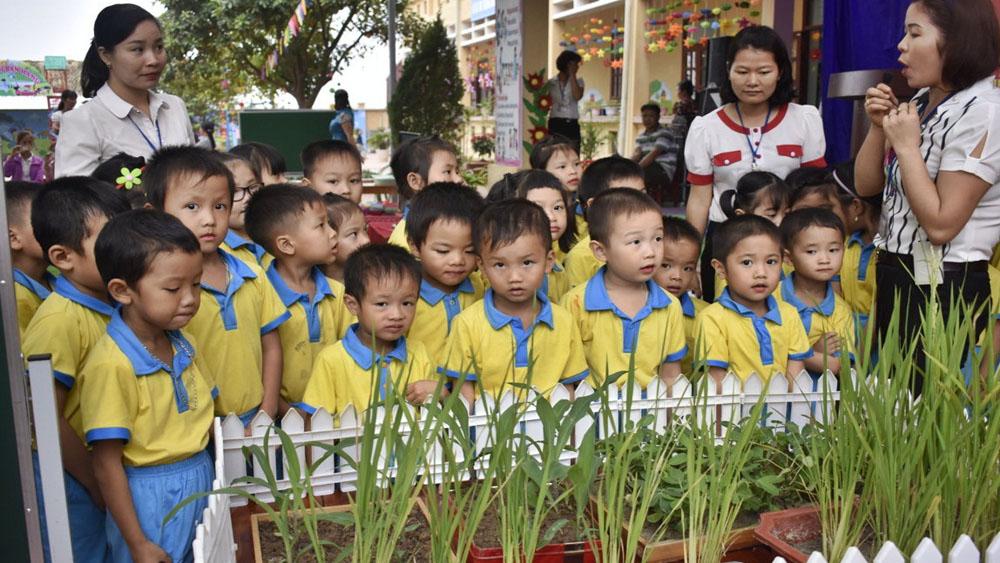 Trường Mầm non Song Vân tổ chức sinh họat chuyên môn