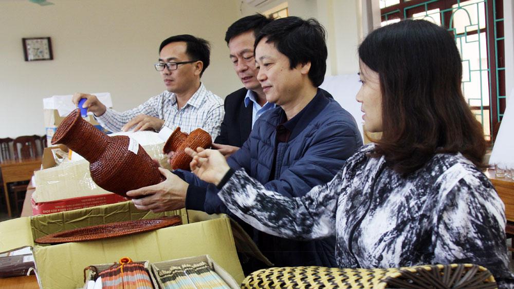 """83 sản phẩm tham gia Cuộc thi """"Thiết kế sản phẩm lưu niệm du lịch"""" tỉnh Bắc Giang"""