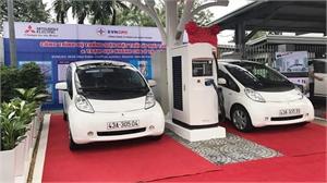 TP Đà Nẵng đưa xe ô tô điện chạy bằng năng lượng mặt trời vào hoạt động