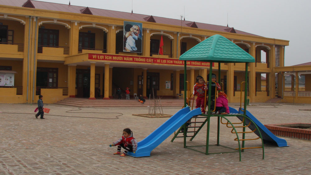 Lạng Giang phấn đấu nâng tỷ lệ phòng học kiên cố lên 93%