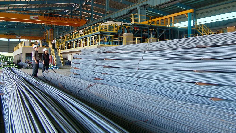 Sản xuất và tiêu thụ thép xây dựng giảm mạnh