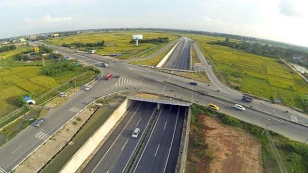 Vietnam plans to 'basically' complete trans-national expressway by 2021