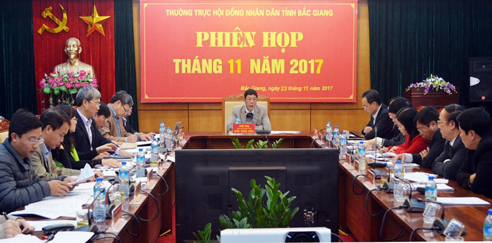 Bắc Giang, Thường trực HĐND tỉnh, thường kỳ tháng 11, giám sát, việc giải quyết ý kiến, kiến nghị của cử tri