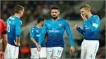 Debuchy mắc lỗi, Arsenal thua muối mặt ở Europa League