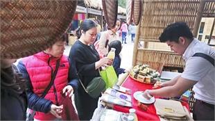 Hanoi fair introduces regional specialties