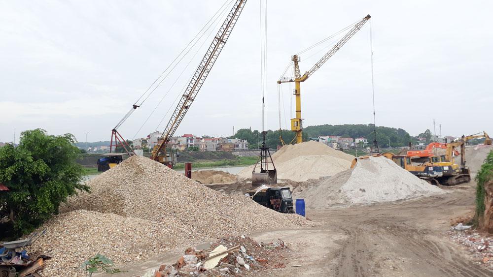 Trước 30-12 giải tỏa xong các bến bãi tập kết cát, sỏi trái phép ven sông