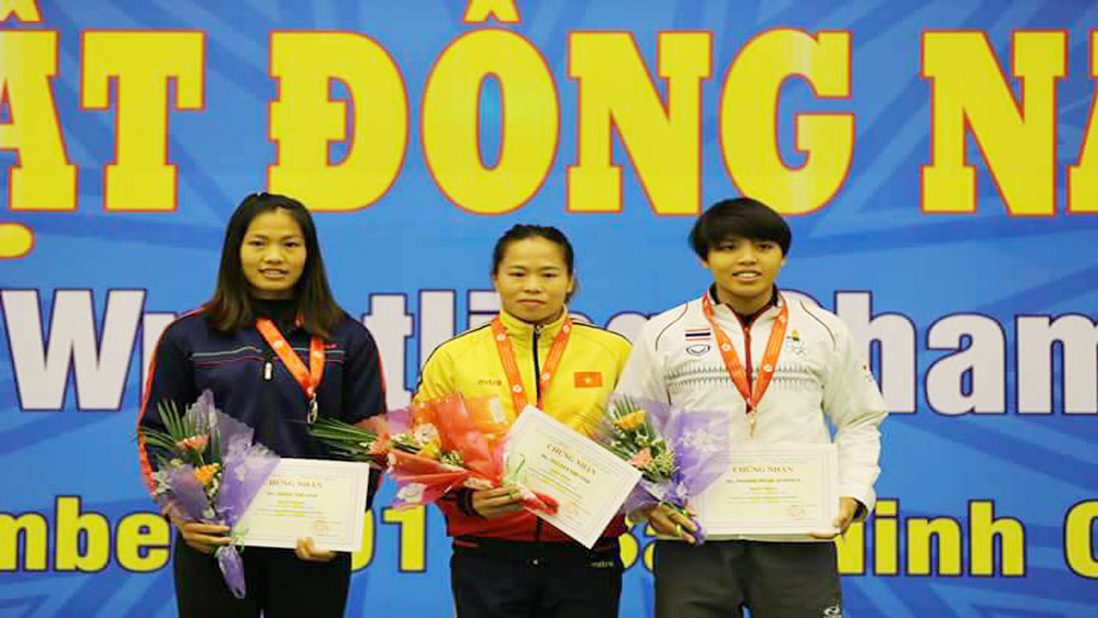Bac Giang wrestler pockets silver at Southeast Asian Wrestling Championships