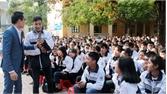 Hơn 1,4 nghìn học sinh tham gia ngoại khóa dưới cờ Tổ quốc