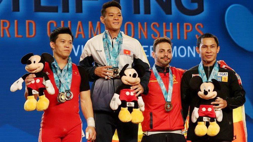 Thach Kim Tuan lifts three gold medals at world championship