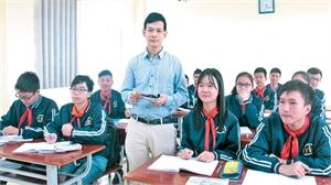 """Thầy giáo tiêu biểu toàn quốc Đỗ Văn Hoàn: """"Thắp lửa"""" đam mê  môn Toán cho học sinh"""