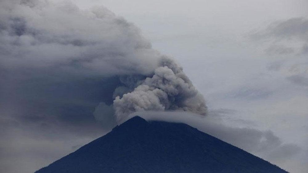 """Tổn thất của """"thiên đường du lịch"""" Bali"""