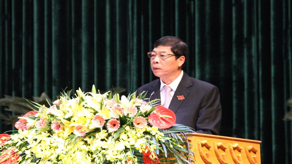 Bí thư Tỉnh ủy, Chủ tịch HĐND tỉnh Bùi Văn Hải phát biểu khai mạc kỳ họp.