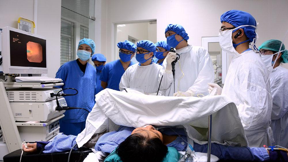 Bệnh viện Đa khoa Bắc Giang: Thực hiện thành công ca tán sỏi thận bằng phương pháp mới