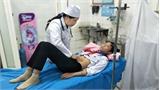 Tuyên Quang: 12 học sinh nhập viện cấp cứu sau ăn xôi ruốc, xúc xích