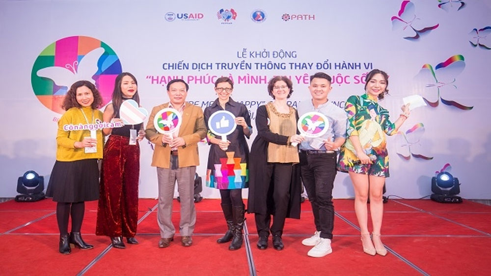 Khởi động chiến dịch giúp nữ chuyển giới phòng chống HIV