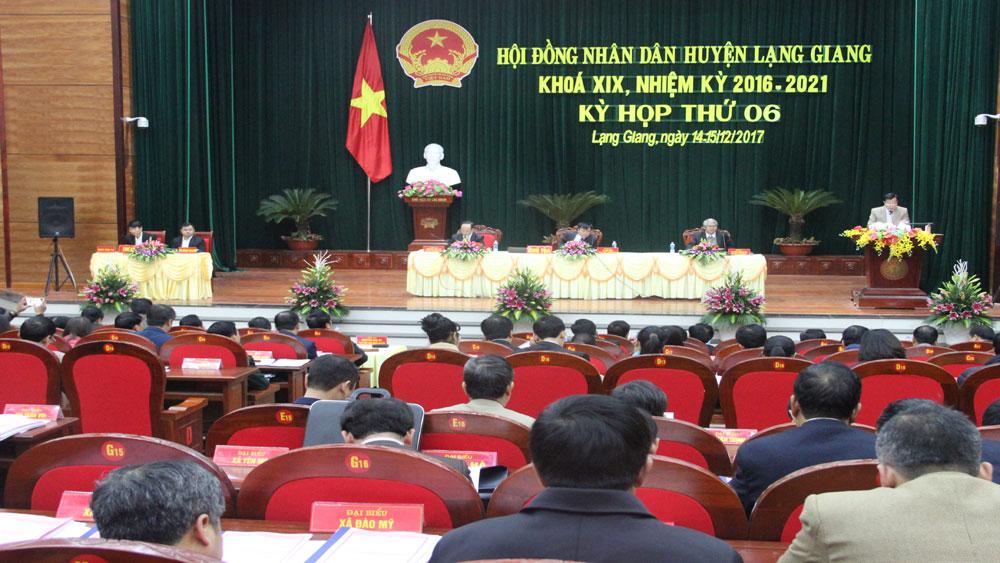 HĐND huyện Lạng Giang thông qua 7 nghị quyết