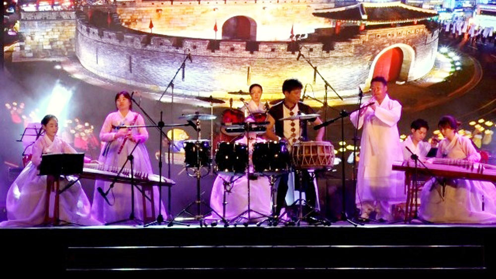 Korean Day opens in Quang Nam province