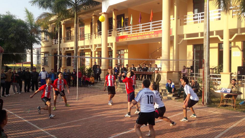 Hội Cựu Chiến binh Lạng Giang tổ chức chung kết giải bóng chuyền hơi
