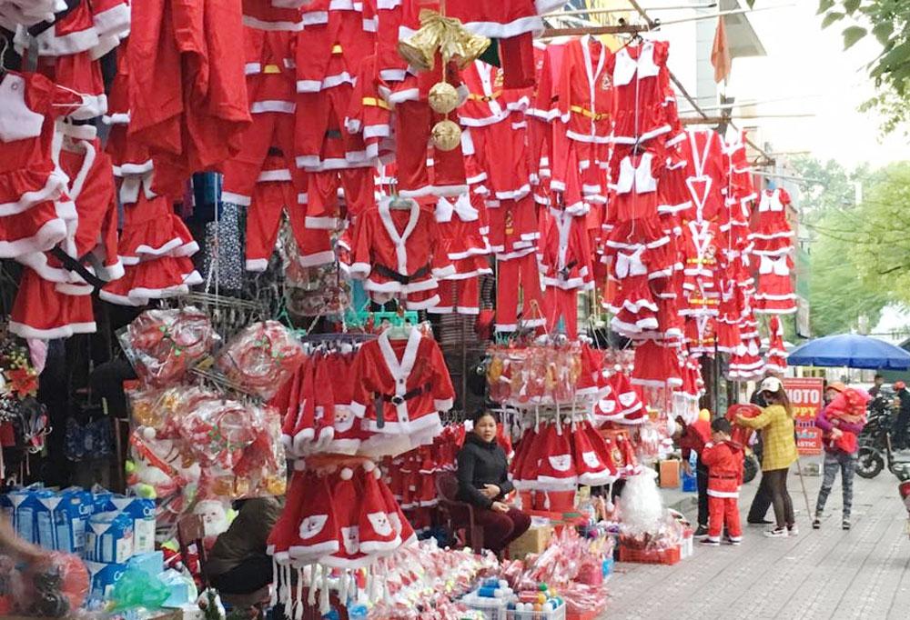 Khắp nơi, rộn ràng, không khí, đón mừng Noel