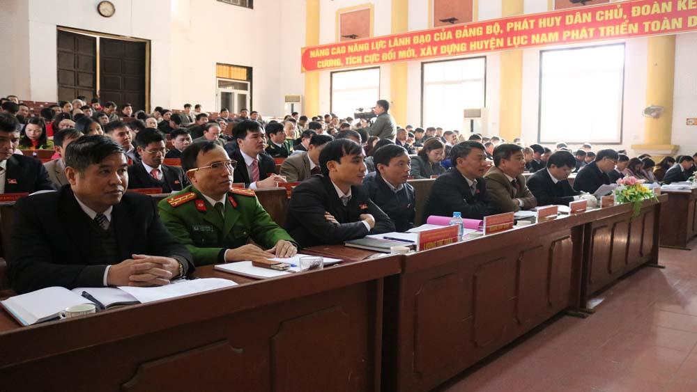 Khai mạc, kỳ họp thứ năm, HĐND huyện Lục Nam, chất vấn
