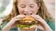 Nước tăng lực và đồ ăn nhanh gây hại cho thanh thiếu niên