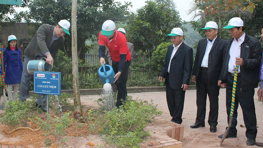 Tỉnh đoàn Bắc Giang, Công ty TNHH Canon Việt Nam tổ chức chương trình Chung tay hành động vì môi trường
