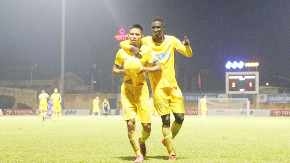 Thanh Hoa to trial 30 foreign players