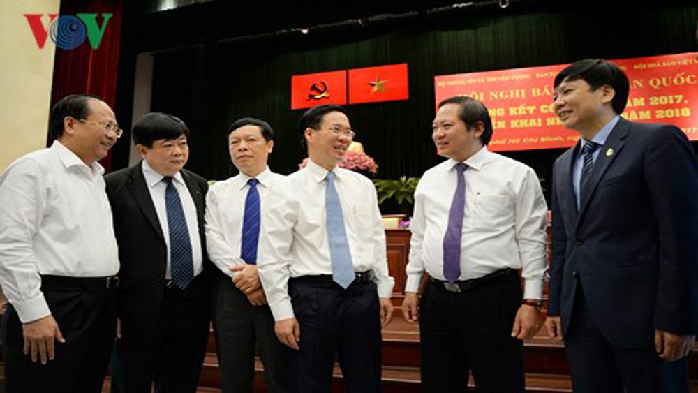 Ông Võ Văn Thưởng: Báo chí cần tiếp tục dám đương đầu với khó khăn thách thức