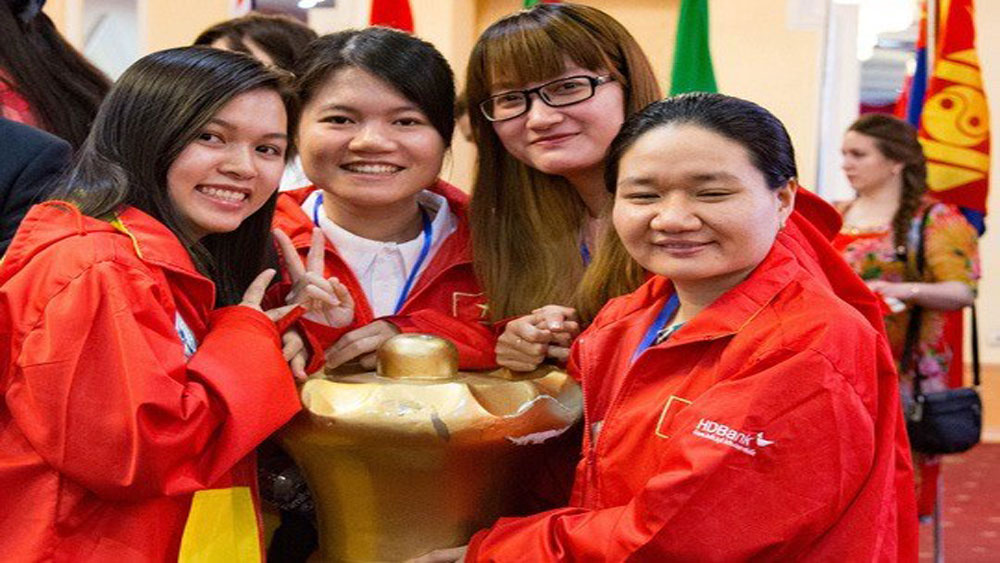 Masters compete at world rapid, blitz chess competition