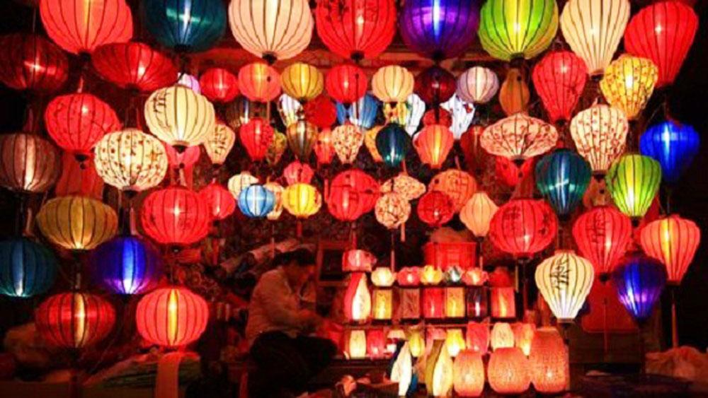 Festive cheer in Da Nang, Hoi An