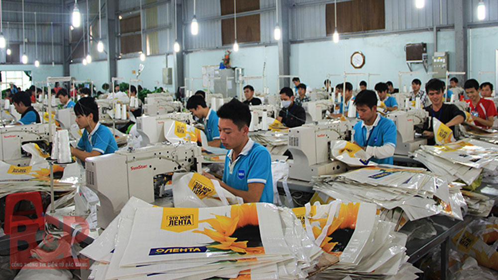 Over 28,800 jobs created for Bac Giang labors