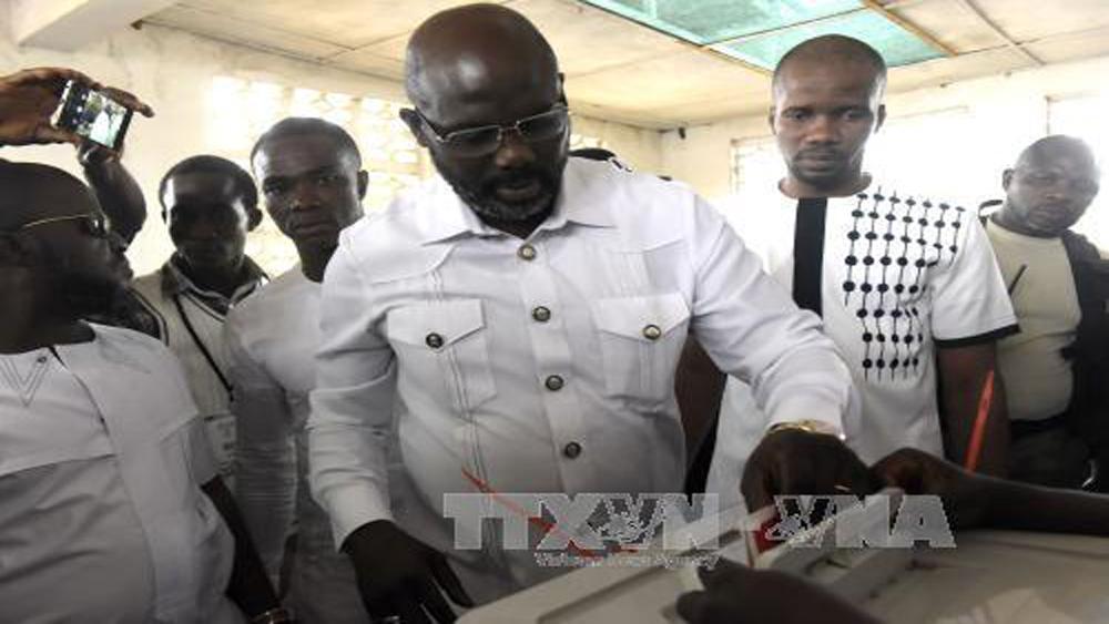 Cựu danh thủ bóng đá giành chiến thắng bầu cử tổng thống Liberia