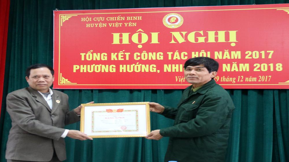 Hội Cựu chiến binh huyện Việt Yên được T.Ư Hội Cựu chiến binh Việt Nam khen thưởng đơn vị xuất sắc