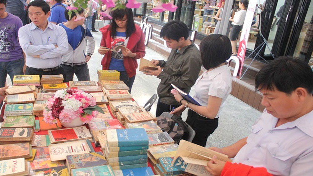 Good news for bookworms as Saigon set to launch second book street