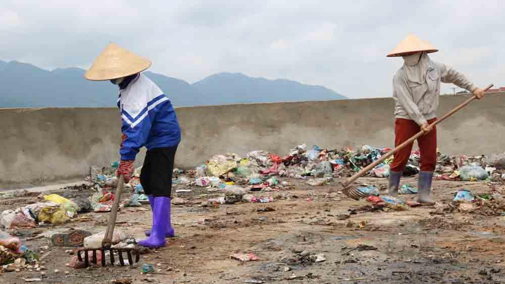 Tạo cơ chế hỗ trợ xây dựng bãi rác thải của xã, thị trấn