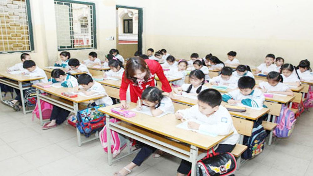 Không tổ chức các hoạt động giáo dục trái quy định, gây áp lực cho học sinh