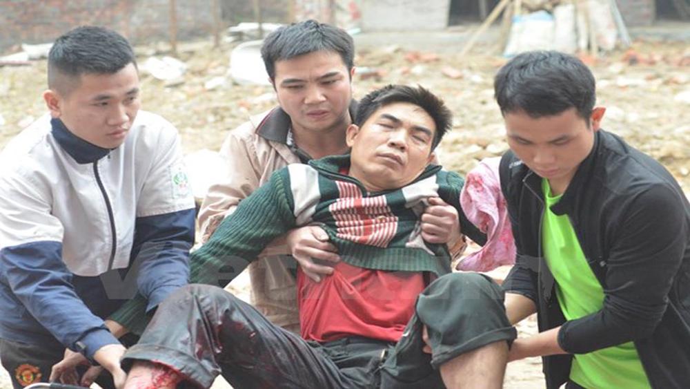Bắc Ninh: Đầu đạn lại phát nổ, một nam thanh niên bị thương