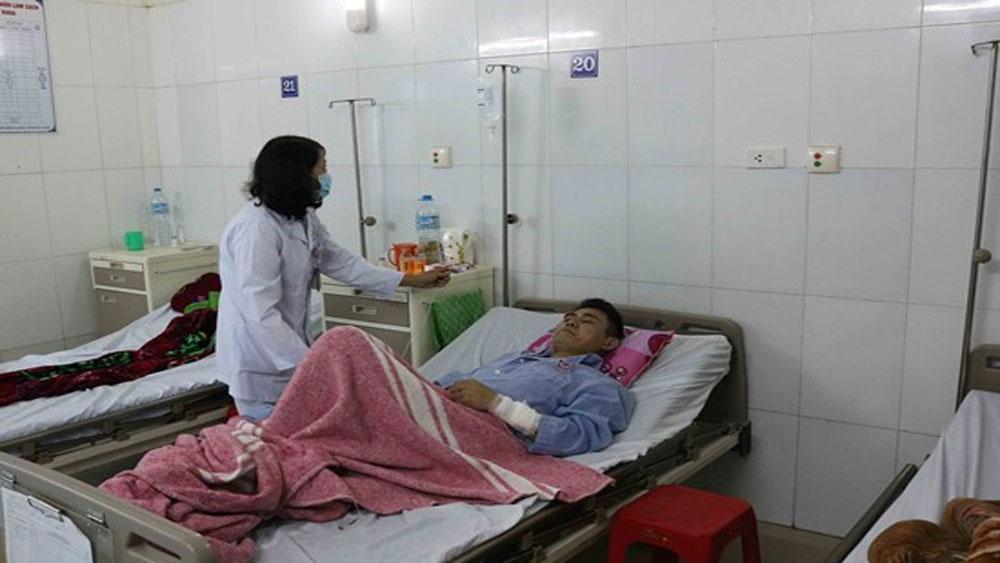 Huy động thầy thuốc giỏi cứu chữa nạn nhân vụ nổ ở Bắc Ninh