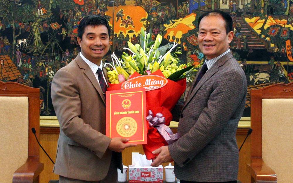 Đồng chí,  Ngô Thanh Linh,  giữ chức,  Phó Chánh Văn phòng UBND tỉnh, Bắc Giang