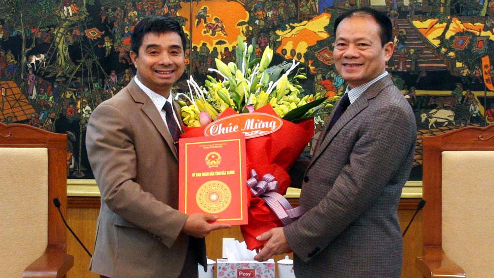 Đồng chí Ngô Thanh Linh giữ chức Phó Chánh Văn phòng UBND tỉnh