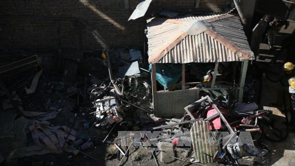 Đánh bom, liều chết, ít nhất, 35 người, thương vong, Kabul